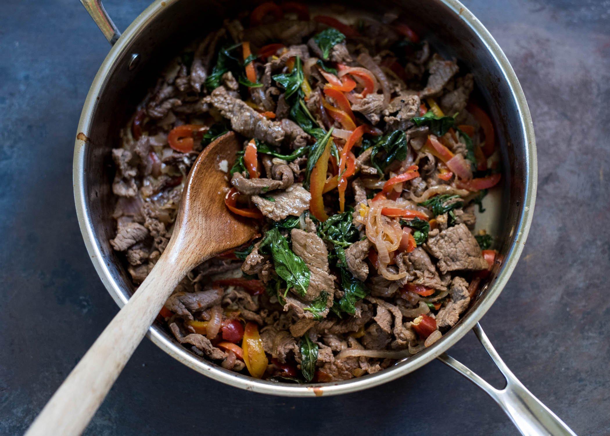 Thai Basil Beef | cookandsavor.com