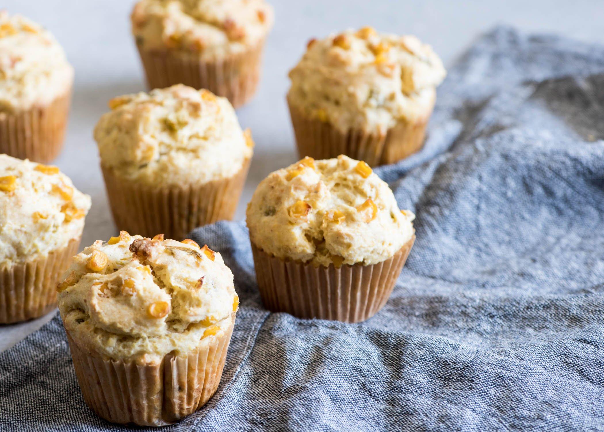 Goat Cheese and Chile Corn Bread Muffins | cookandsavor.com