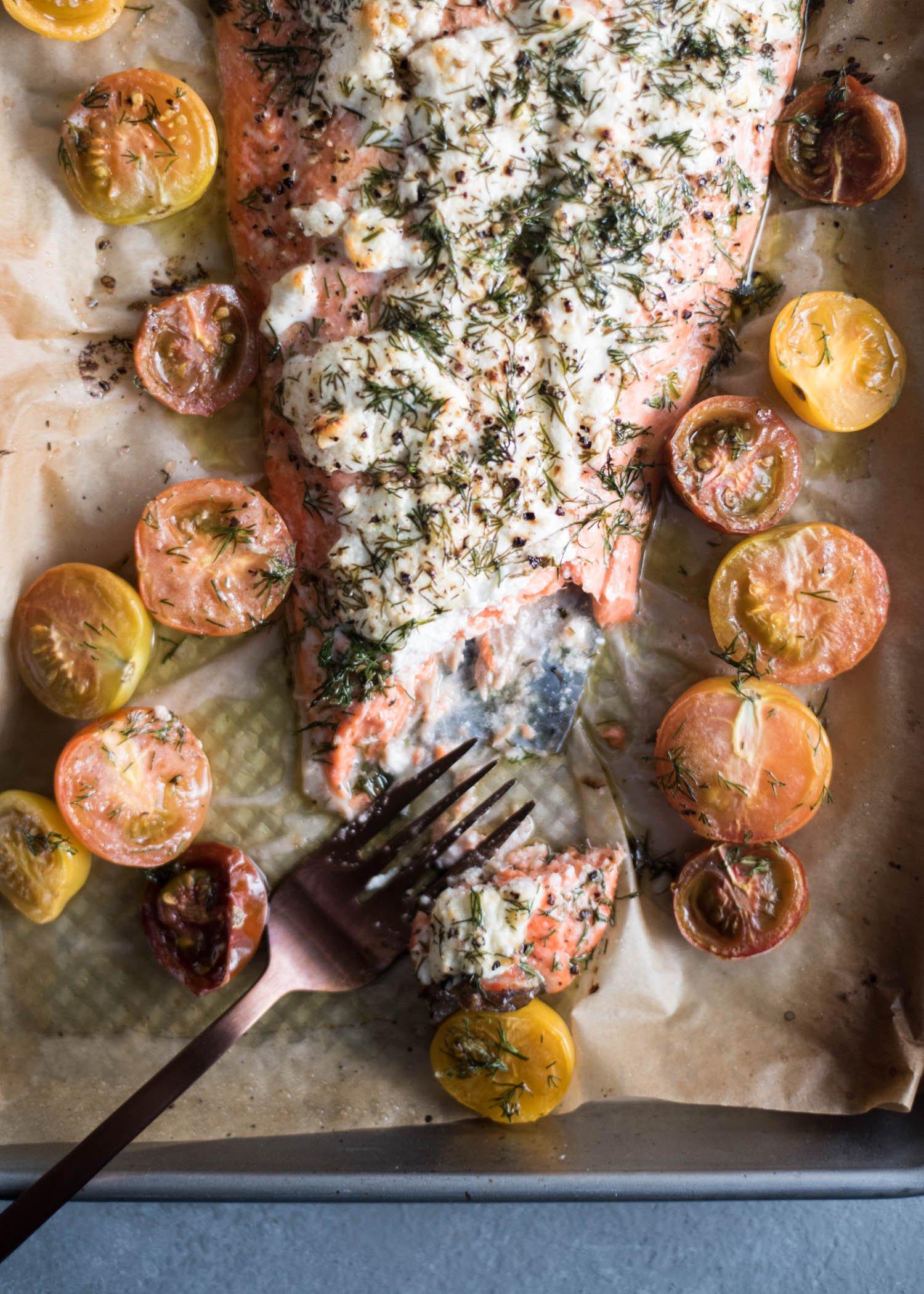 Creamy Lemon Dill Salmon | cookandsavor.com
